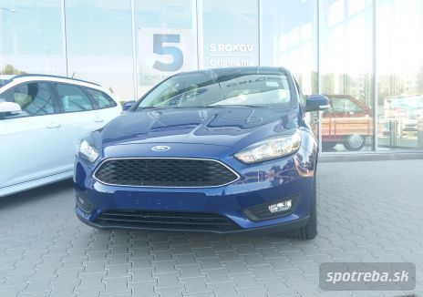 FORD  Focus kombi 1.0 EcoBoost Edition X