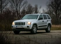 JEEP  Cherokee 3.7L V6 Limited