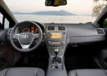 TOYOTA  Avensis kombi 2.2 D-CAT  TEC  A/T